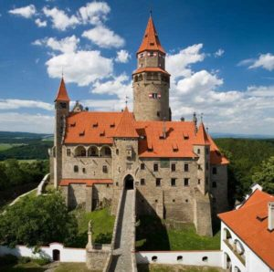 Замок Боузов, Моравия - экскурсии AndyGo