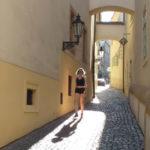 Узкие улочки и аркбутаны на Малой Стране, Прага