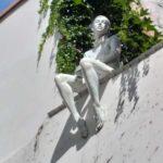 Фигура Власты в Старом городе - экскурсия AndyGo